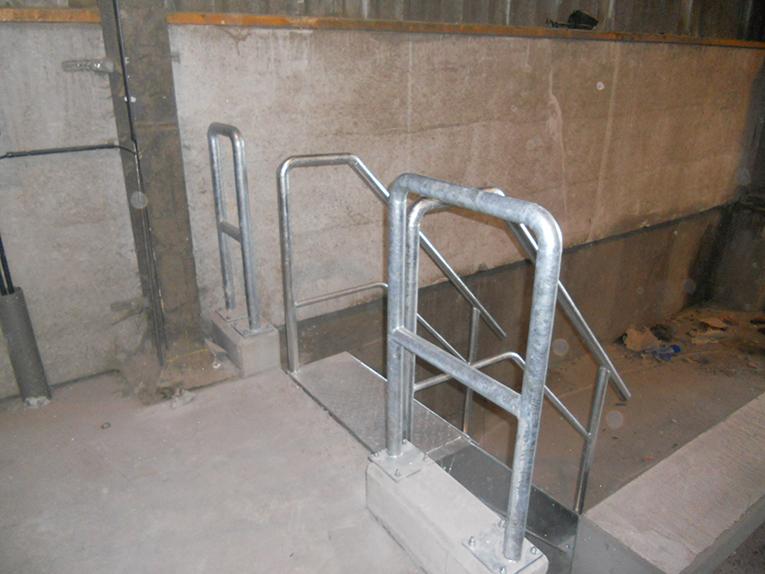 Constructiewerken aluminium - trap en reling